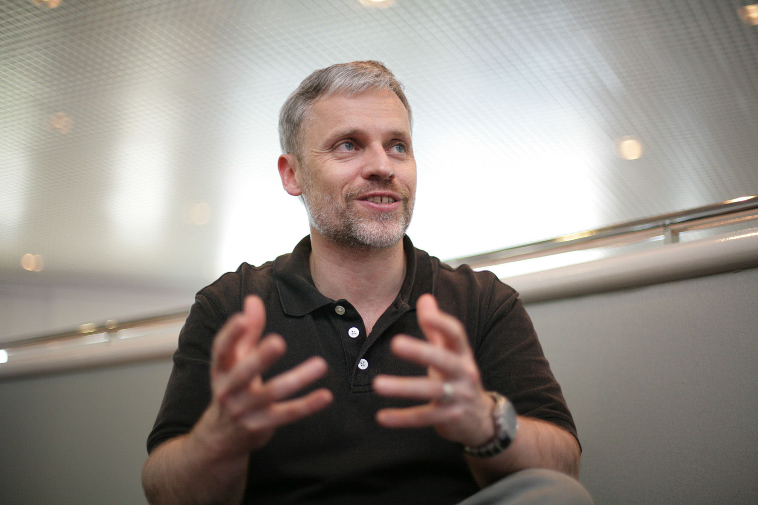 Damian Conway is a prominent member of Perl community, a proponent of object-oriented programming, and the author of several books.