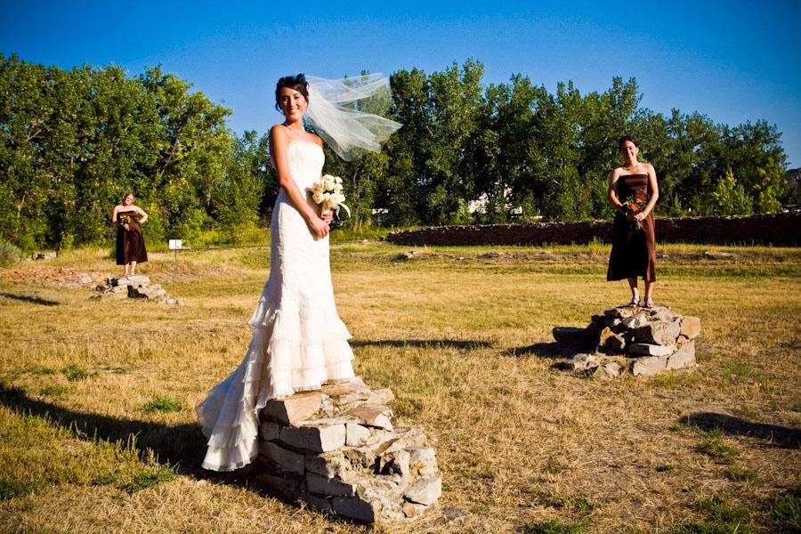 bride-bridesmaids-wedding
