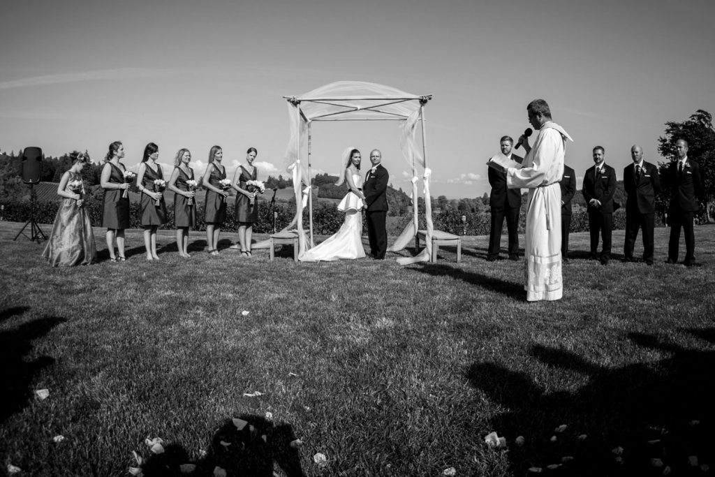 portland-outdoor-wedding-ceremony