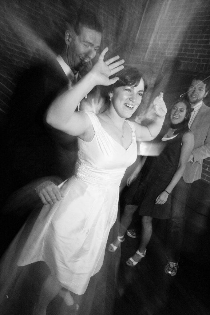 reception-oregon-wedding-dance-bride-groom