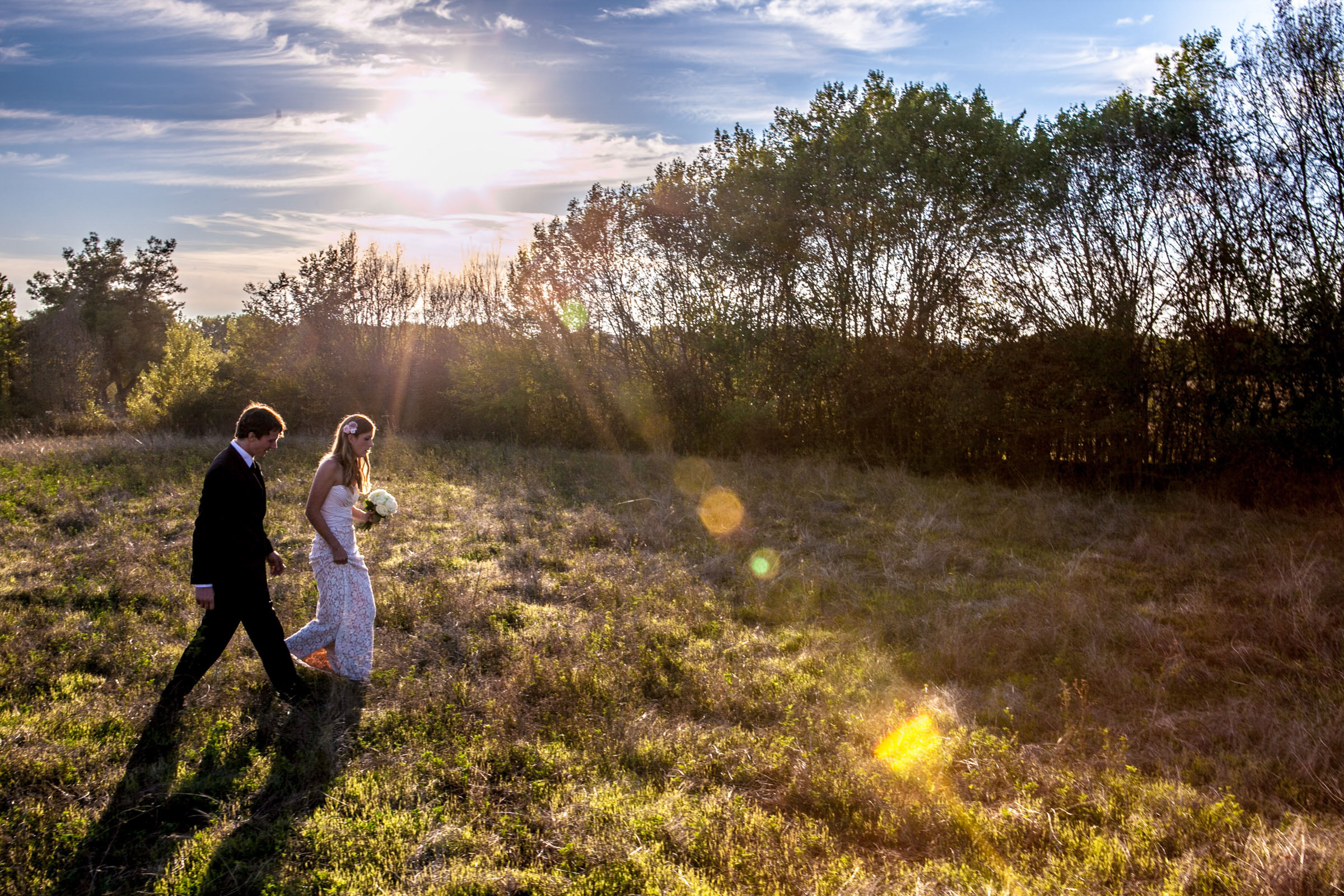 tuscany-outdoor-sunset-wedding-bride-groom
